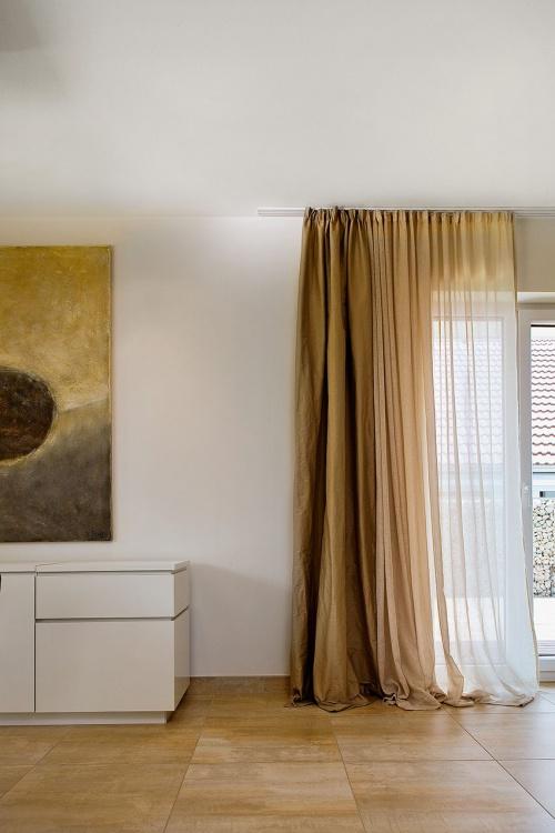 vorhangschiene vorhangschienen gardinen kratzer. Black Bedroom Furniture Sets. Home Design Ideas